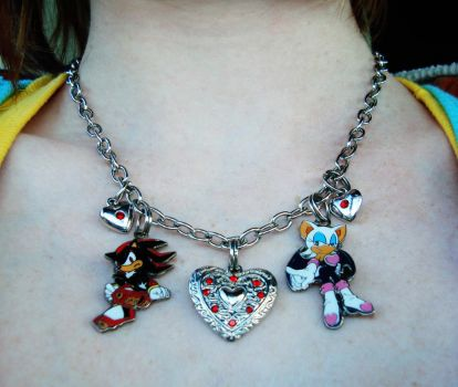 Shadow+Rouge necklace by theOrangeSunflower