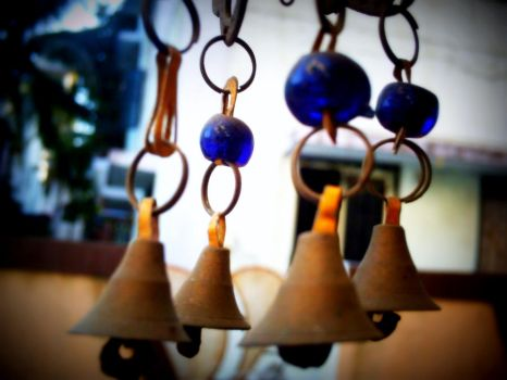 Ring ma bells....... by angle-heart