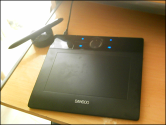 My new Wacom Bamboo by Sanguinex