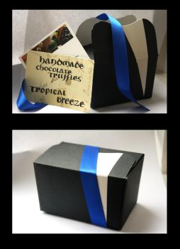 Small chocolate box by Itti