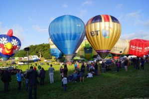 Bristol Balloon Fiesta 6am by Lunapic