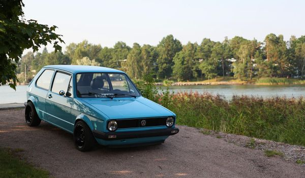 Golf mk1 Miami Blue by Laiskiainen