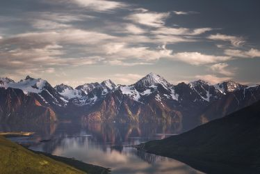 Tune of the alps by Trichardsen