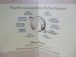 The Hitchhiker's Guide to the Galaxy - Papercraft by Gust-TRON