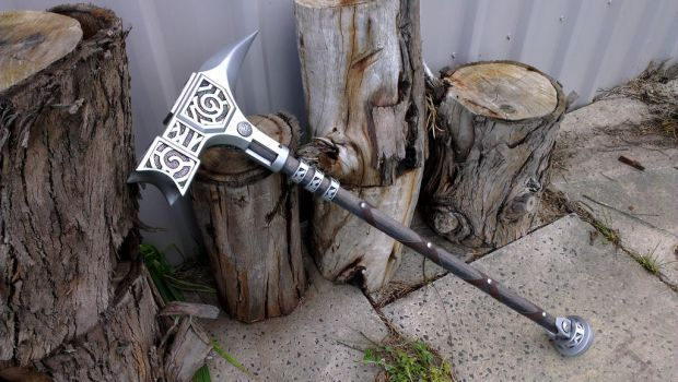 TES Skyrim: Steel Warhammer Prop Replica by TheAnti-Lily