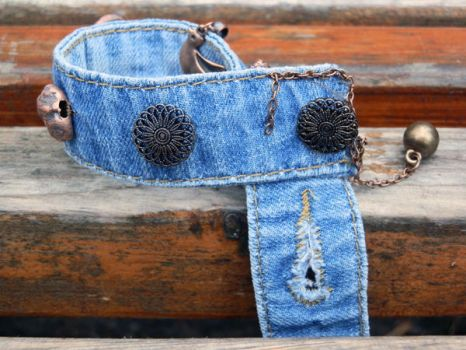 Second chance for your old jeans - cool buttons by cat-o-love