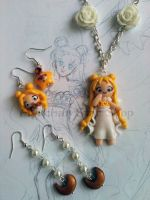Parure Princess Serenity by AyumiDesign