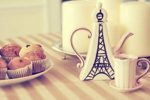 Paris is definitely my cup of tea by Juega-con-el-fuego