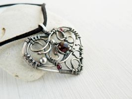 Velvet rose by UrsulaJewelry