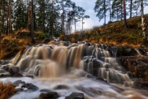 Long exposure at the waterfall by roisabborrar