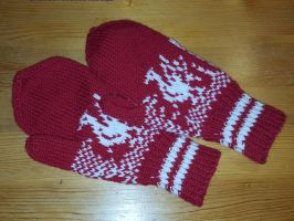 Liverpool Football Club mittens by KnitLizzy