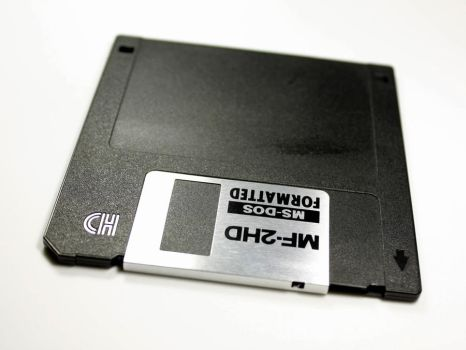 -RETRO- cant read disk by DoC-OxY