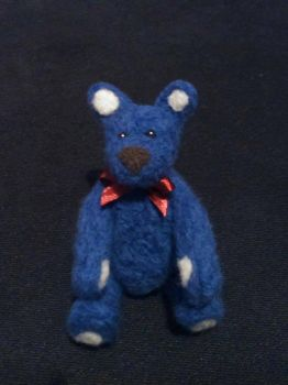 Needle felted teddy bear by soad666xd