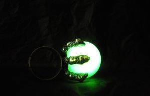 Glow in the Dark Dragon - Dragon Claw Ring by MySoulShards