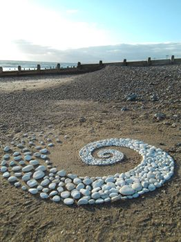 Chalk pebble swirl 2 by Dishtwiner