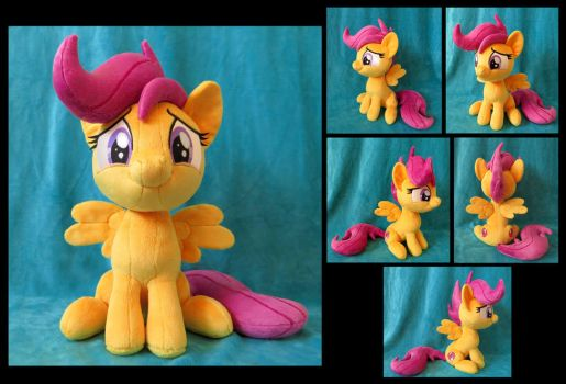 Sitting Scootaloo by fireflytwinkletoes