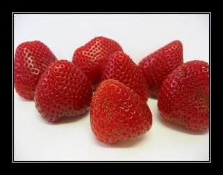 Red Strawberries by dyanna