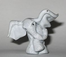 Sculpey Elephant by bumblefly
