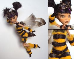 Steampunk-Wasp - Monster High custom by fuchskauz