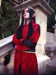 King's look - The Silmarillion by umi-ascoeur