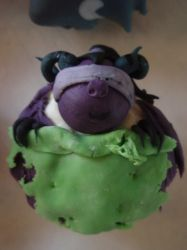 Illidan cupcake by Elliesmeria