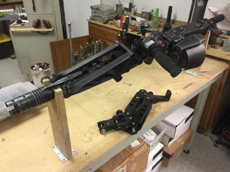 Aliens Colonial Marines M56 Smartgun Front by Matsucorp