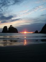 Rialto Beach at sunset by pokemontrainerjay