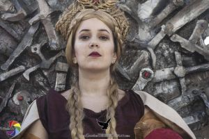 The Queen on the Iron Throne by Natsumi723
