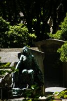 Montmartre's Cemetery by Heurchon