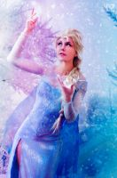 Elsa let it go by LauzLanille
