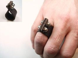ring a day 83...leather by noformdesign