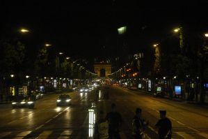 Champs Elysees at night by Panzer-13