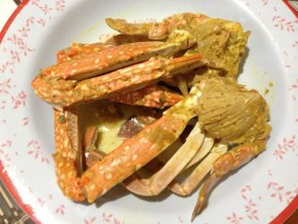 Flower Crab in Coconut Curry by nosugarjustanger