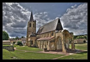 Abbaye Benisson Dieu by GregColl