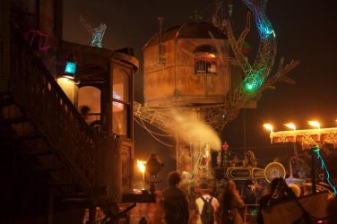 Steampunk Tree House and KSW by slagrat
