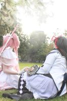 Madoka and Homura Cosplay by Eeveelutionarii