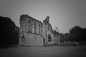 Glastonbury Abbey. England by jennystokes