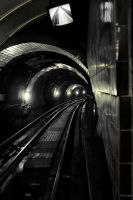 Glasgow: Subway Tunnel by basseca