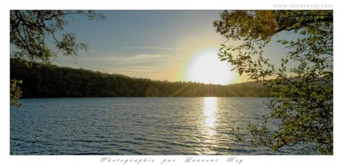 Peaceful evening light by laurentroy