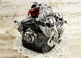 Ornate Silver Crow Skull Ring Box 3 by Necrosarium