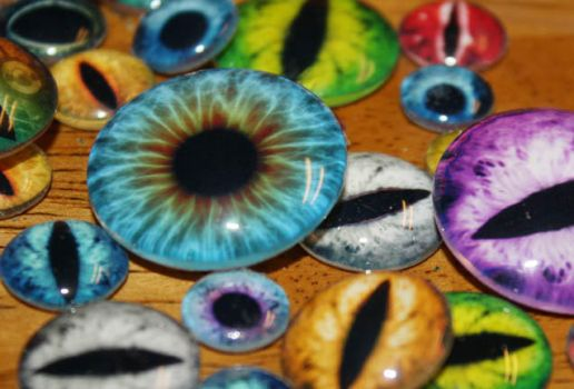 Handmade Glass Taxidermy Eyes for Pendants by Create-A-Pendant