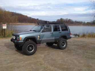 My Jeepy Sideview by Bakura-lover