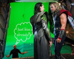 Like, NOW! - Hiddlesworth / Thorki by Arciam