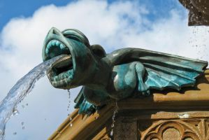 Fountain Gargoyle by Spinneyhead
