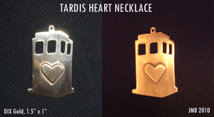 TARDIS heart pendant by Jb-612