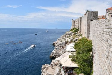 Walls of Dubrovnik by TimmiusChujus