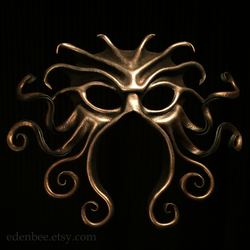 Cthulhu leather mask in black, bronze, and silver by shmeeden