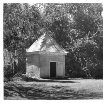 Gardner's Shed Bleak Hall Plantation - 8x8 print by rdungan1918