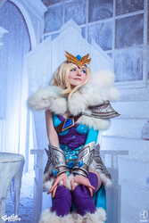 Crystal Maiden cosplay by amio-mio