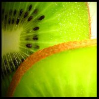 Kiwi fruit by EfvonIks